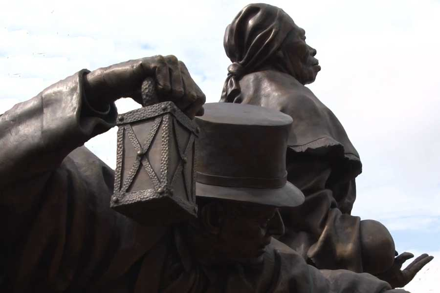 Thomas Garrett and Harriett Tubman statue